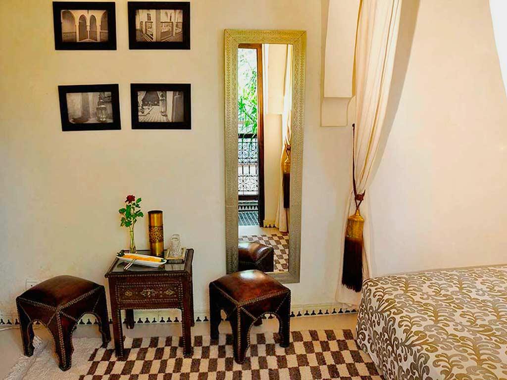 Moroccan style in Baraka room. Riad Aguaviva