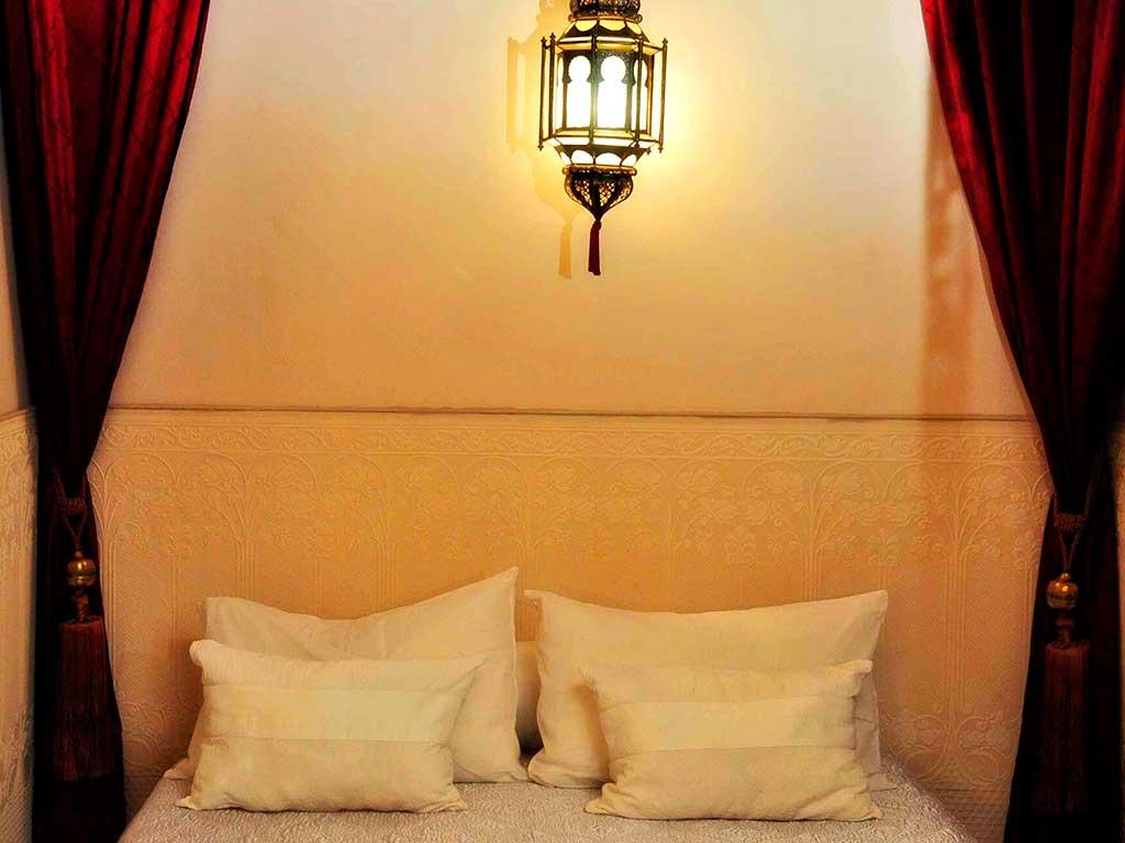 Alhambra room in Riad Aguaviva hotel boutique