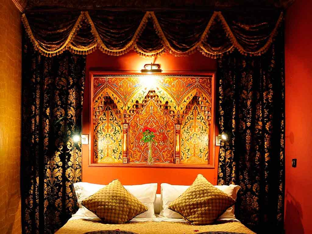 Sultan room in Riad Aguaviva. Boutique hotel in Marrakech. Moroccan style.